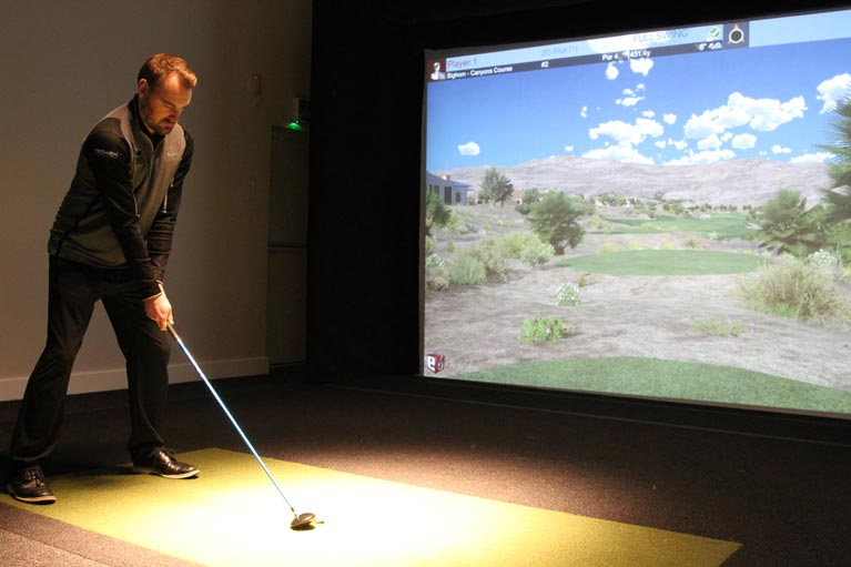 indoor fullswing golf